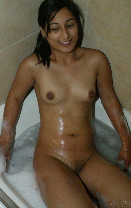 Коллекция фото с голыми азиатками