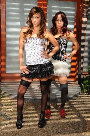 Красивые лесбиянки в дорогих трусиках