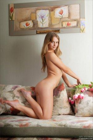 Красивая сексуальная девчёнка