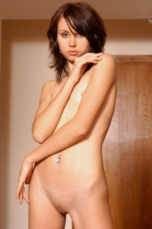 Сексуальная голая девочка
