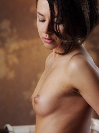 Частные фоточки голой студенточки