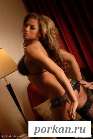 Очень сексуальная девушка (27 фотографий)