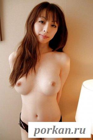 Превосходное тело смазливой азиатки